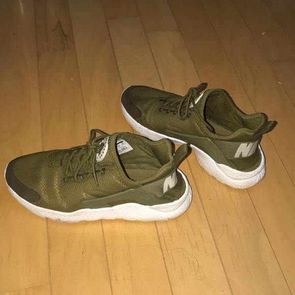 Nike Shoes - Nike Air Huarache 407363423